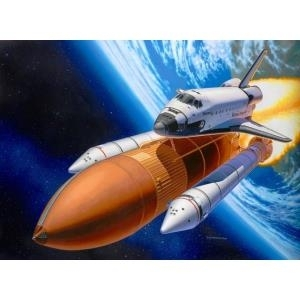 Revell Space Shuttle Discovery + Booster Rocket...